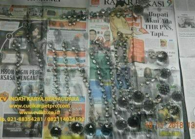 cuci-lampu-kristal-bapak-syafri-28