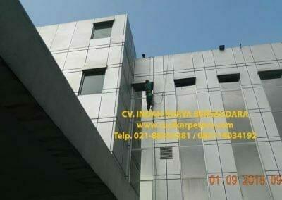 pembersih-kaca-gedung-bni-jatiluhur-17