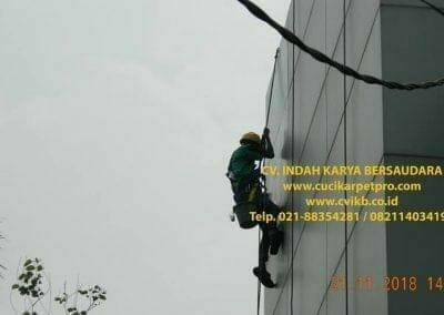 pembersih-kaca-gedung-bpjs-cilandak-07