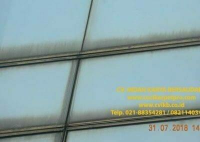 pembersih-kaca-gedung-bri-28