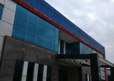 pembersih-kaca-gedung-pt-grakindo-08