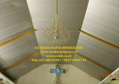 cuci-lampu-kristal-gereja-gpib-shalom-depok-15