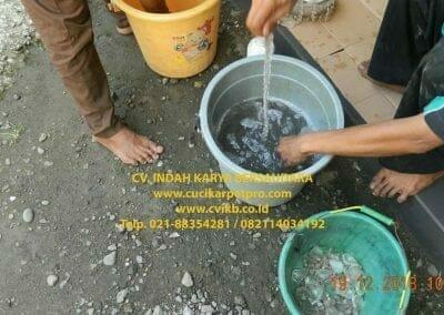 cuci-lampu-kristal-gereja-gpib-shalom-depok-33