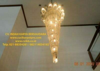 cuci-lampu-kristal-bapak-pittor-04