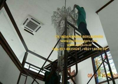 cuci-lampu-kristal-bapak-pittor-07