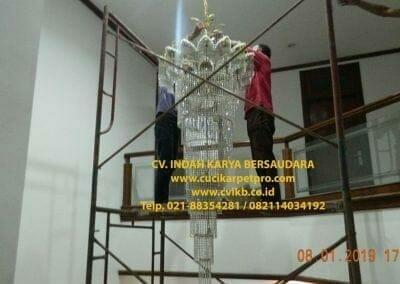 cuci-lampu-kristal-bapak-pittor-51