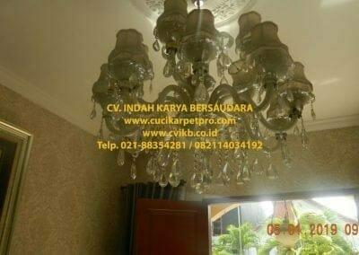 cuci-lampu-kristal-ibu-christine-03