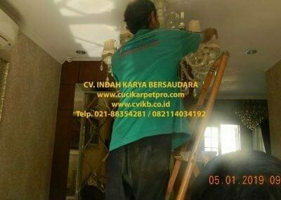 cuci-lampu-kristal-ibu-christine-07