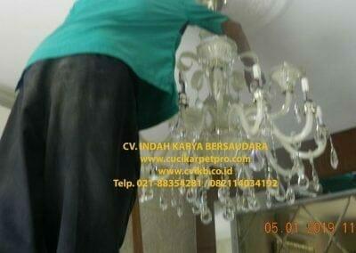 cuci-lampu-kristal-ibu-christine-26