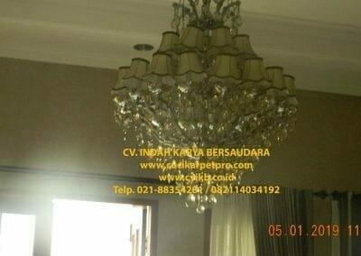 cuci-lampu-kristal-ibu-christine-27