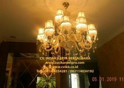 cuci-lampu-kristal-ibu-christine-29
