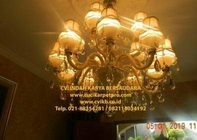 cuci-lampu-kristal-ibu-christine-30