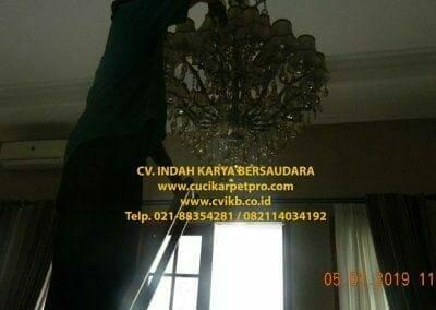 cuci-lampu-kristal-ibu-christine-31