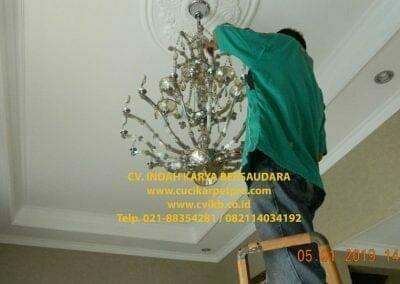 cuci-lampu-kristal-ibu-christine-45