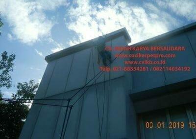 pembersih-kaca-gedung-pln-uip-jbb-13