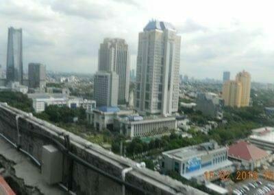 pembersih-kaca-gedung-hotel-crowne-plaza-jakarta-03