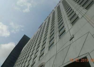 pembersih-kaca-gedung-hotel-crowne-plaza-jakarta-16