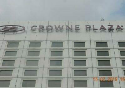 pembersih-kaca-gedung-hotel-crowne-plaza-jakarta-19