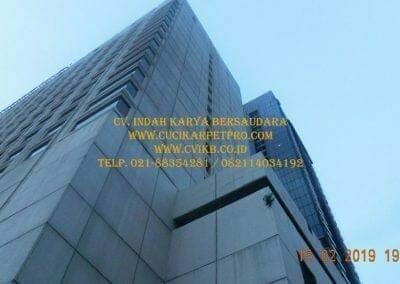 pembersih-kaca-gedung-hotel-crowne-plaza-jakarta-29