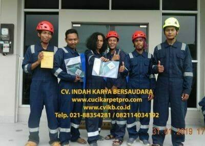 sertifikasi-tkpk-pembersih-kaca-gedung-02