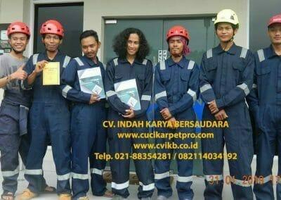 sertifikasi-tkpk-pembersih-kaca-gedung-03