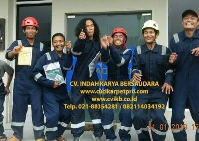 sertifikasi-tkpk-pembersih-kaca-gedung-04