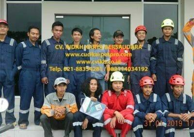 sertifikasi-tkpk-pembersih-kaca-gedung-05