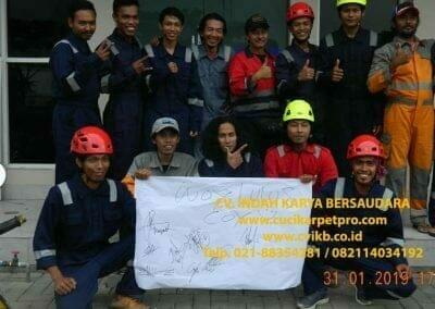 sertifikasi-tkpk-pembersih-kaca-gedung-09