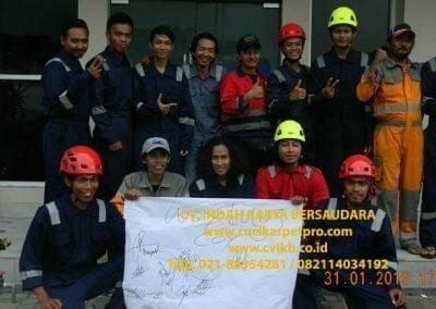 sertifikasi-tkpk-pembersih-kaca-gedung-10