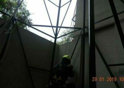 sertifikasi-tkpk-pembersih-kaca-gedung-107