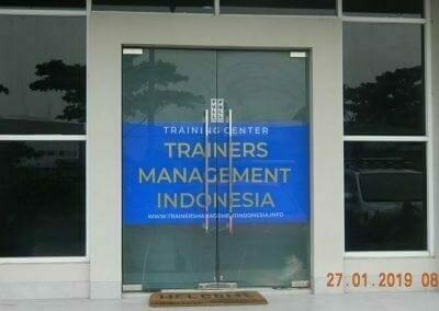 sertifikasi-tkpk-pembersih-kaca-gedung-11