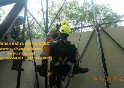 sertifikasi-tkpk-pembersih-kaca-gedung-138