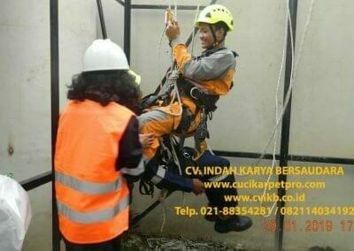 sertifikasi-tkpk-pembersih-kaca-gedung-140