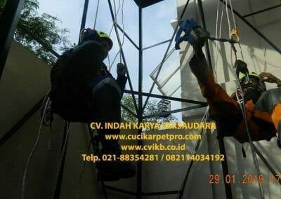 sertifikasi-tkpk-pembersih-kaca-gedung-151