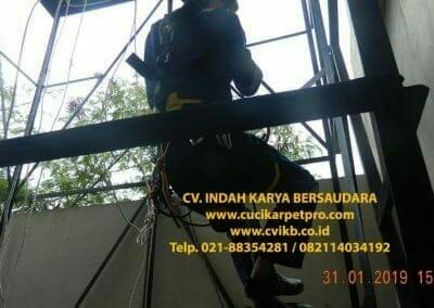 sertifikasi-tkpk-pembersih-kaca-gedung-160