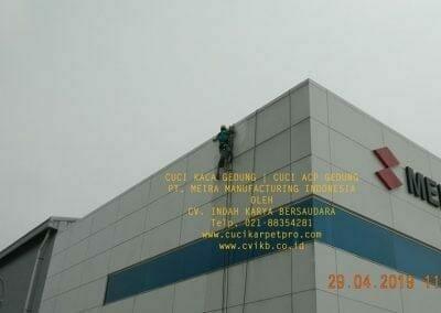 cuci-kaca-gedung-meira-manufacturing-hari-keempat-05