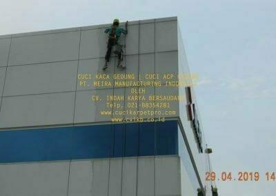 cuci-kaca-gedung-meira-manufacturing-hari-keempat-09