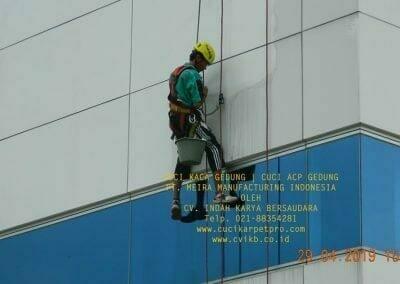 cuci-kaca-gedung-meira-manufacturing-hari-keempat-20