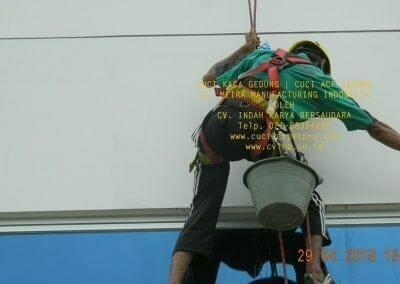 cuci-kaca-gedung-meira-manufacturing-hari-keempat-24