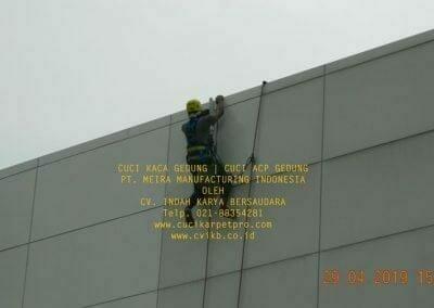 cuci-kaca-gedung-meira-manufacturing-hari-keempat-33