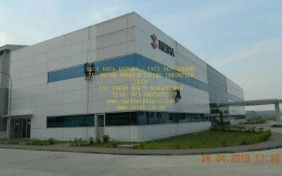 Cuci Kaca Gedung Meira Manufacturing Indonesia Hari Ketiga