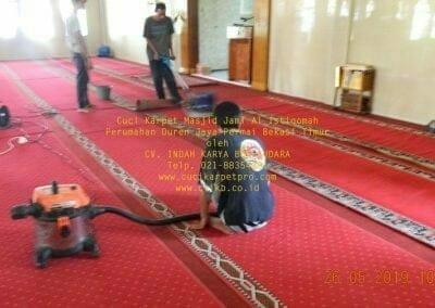 cuci-karpet-masjid-jami-al-istiqomah-12