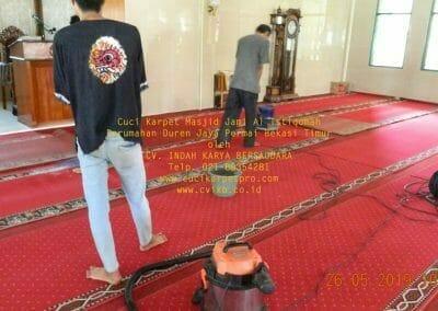 cuci-karpet-masjid-jami-al-istiqomah-18