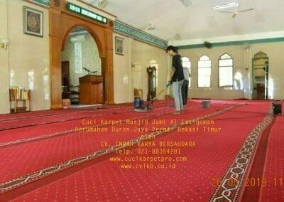 cuci-karpet-masjid-jami-al-istiqomah-34