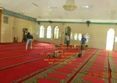 cuci-karpet-masjid-jami-al-istiqomah-43