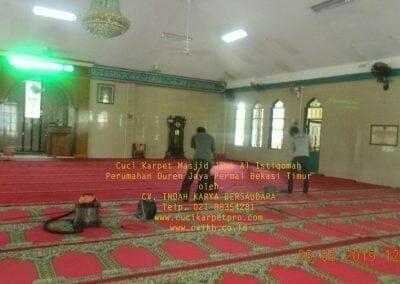 cuci-karpet-masjid-jami-al-istiqomah-48