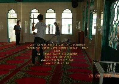 cuci-karpet-masjid-jami-al-istiqomah-52