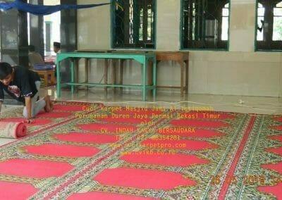 cuci-karpet-masjid-jami-al-istiqomah-60
