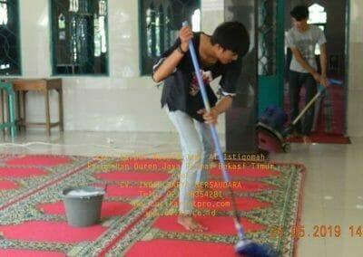 cuci-karpet-masjid-jami-al-istiqomah-61