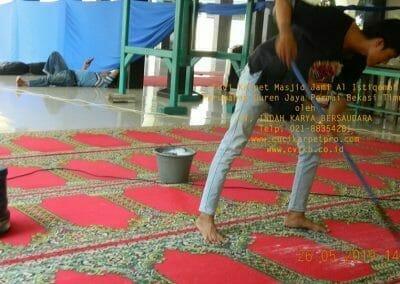 cuci-karpet-masjid-jami-al-istiqomah-62